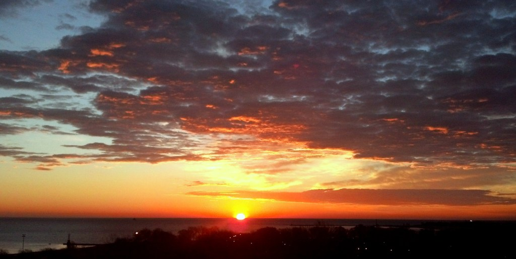 Sunrise Nov 15 2015 3