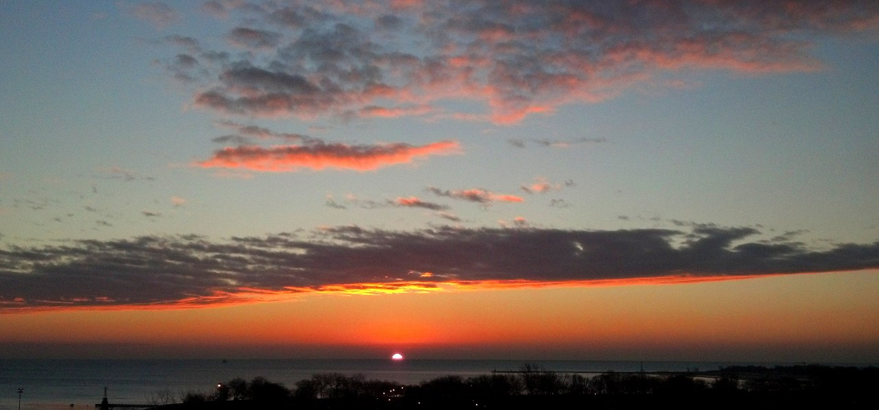Sunrise Lake Michigan Jan 28 2016 2
