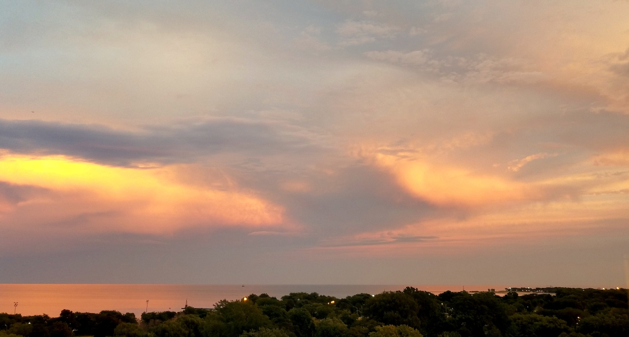 evening-sky-lake-michigan-september-19-2016