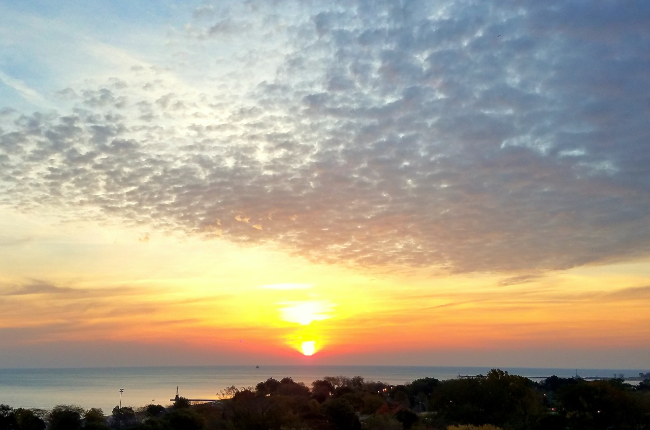 sunrise-lake-michigan-october-29-2016-1
