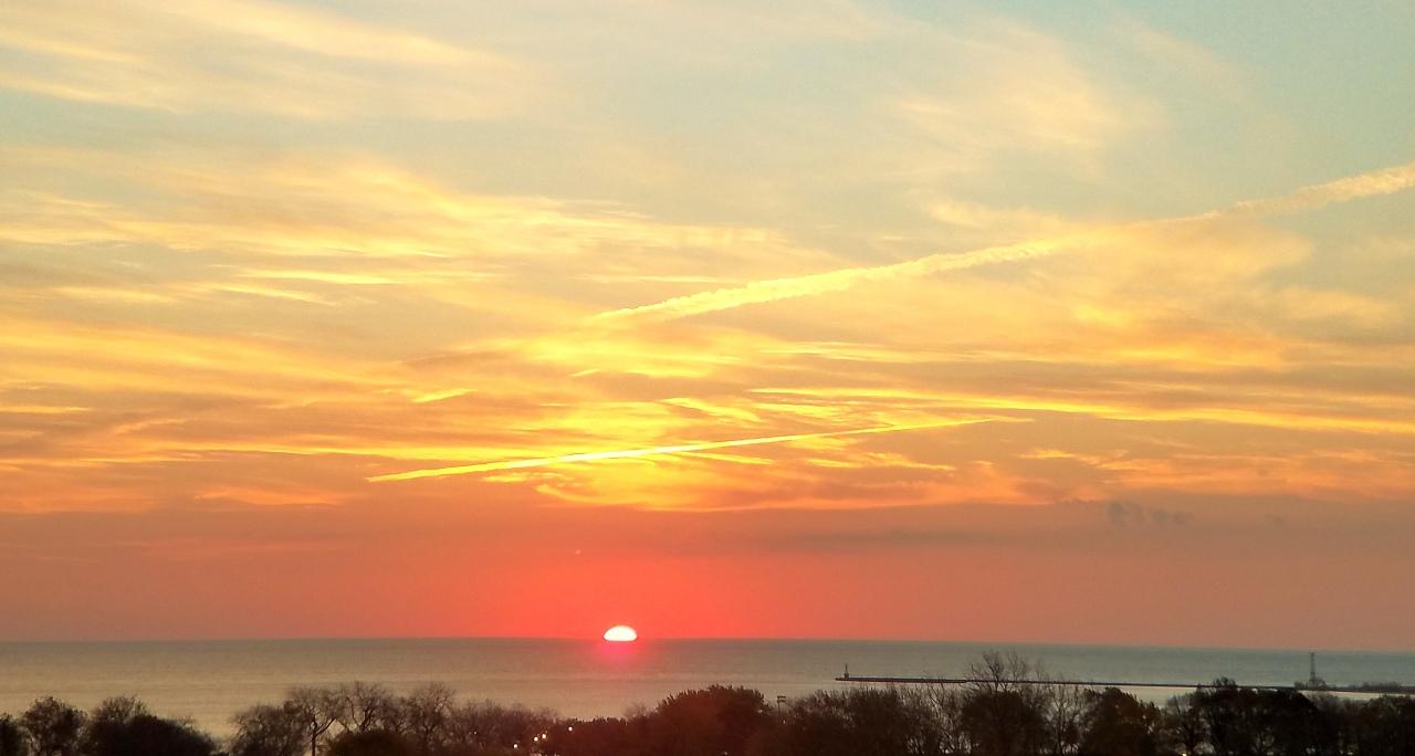 sunrise-lake-michigan-november-18-2016-3