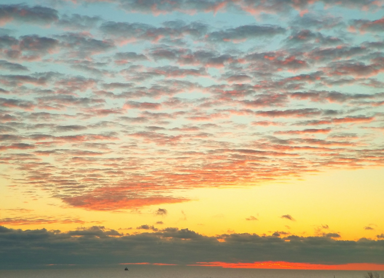 sunrise-lake-michigan-november-21-2016-3