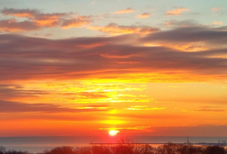 sunrise-lake-michigan-december-14-2016