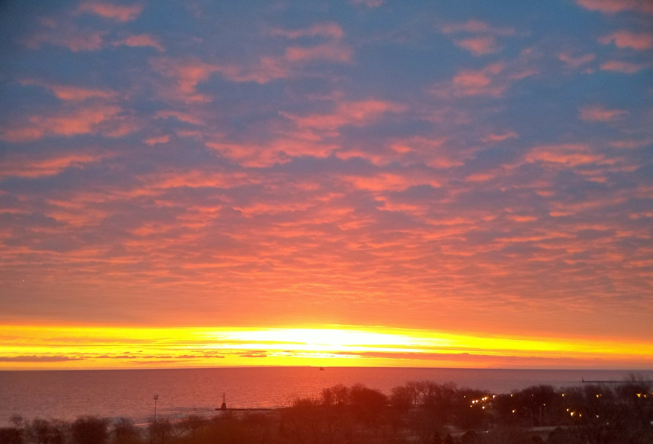 sunrise-lake-michigan-feb-16-2017-2