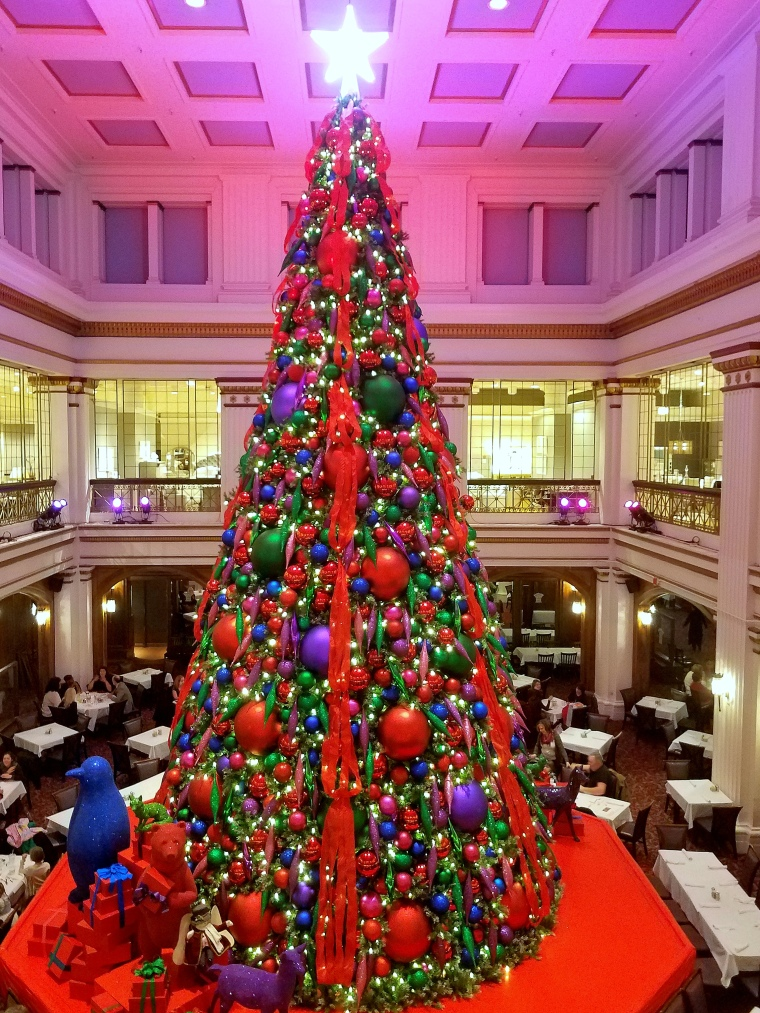 Macys Christmas Tree.Macy S Magical Christmas Tree The Chicago Files