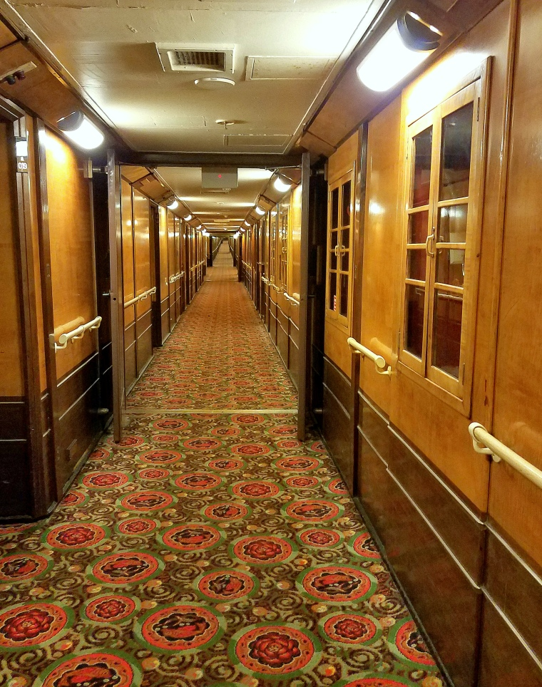 Saturday Serenity: RMS Queen Mary – Never-ending Deck!